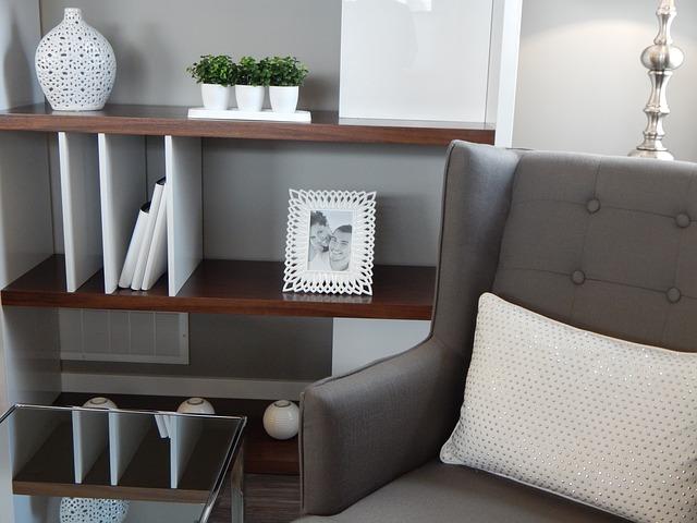 shelves-890573_640