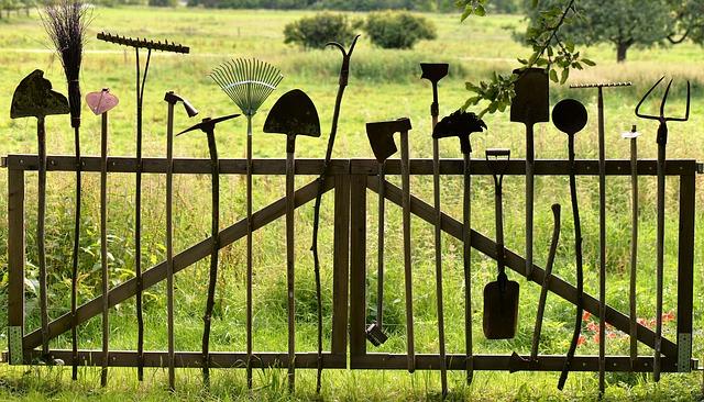 gardening-tools-1478547_640