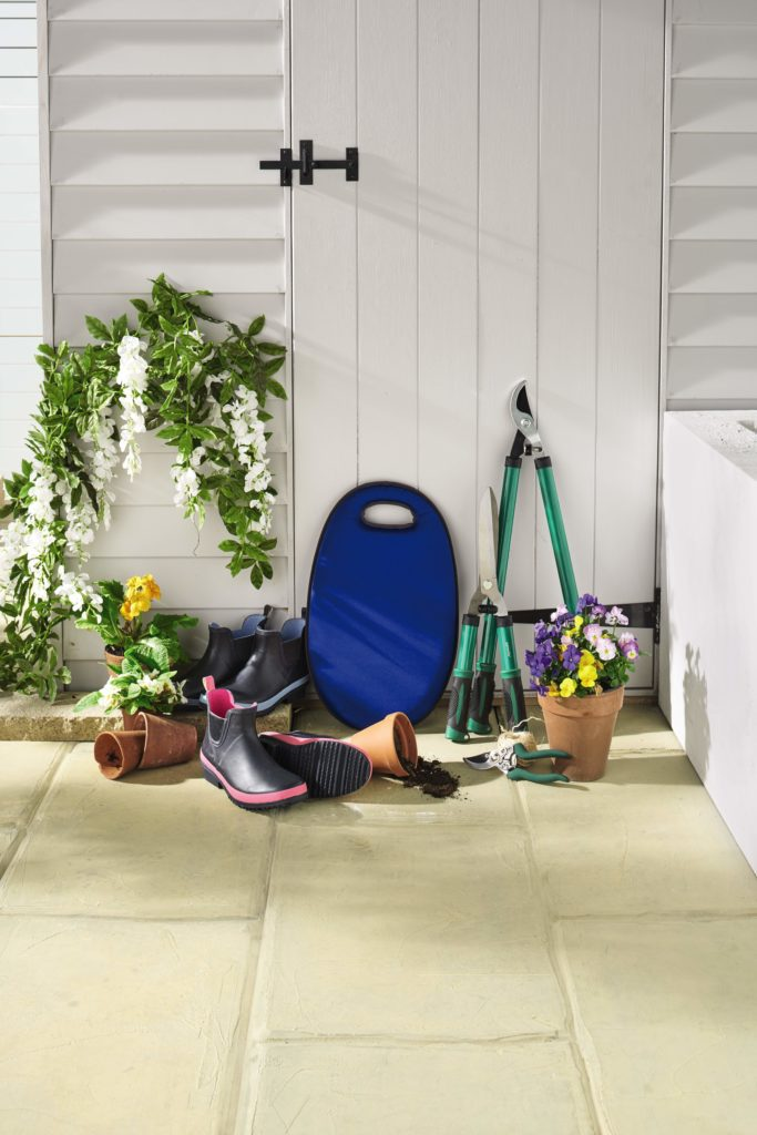 SPRUCE UP YOUR SUMMER GARDEN WITH ALDI
