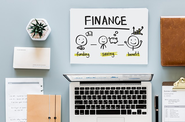 Simple Bookkeeping tips for Busy Families