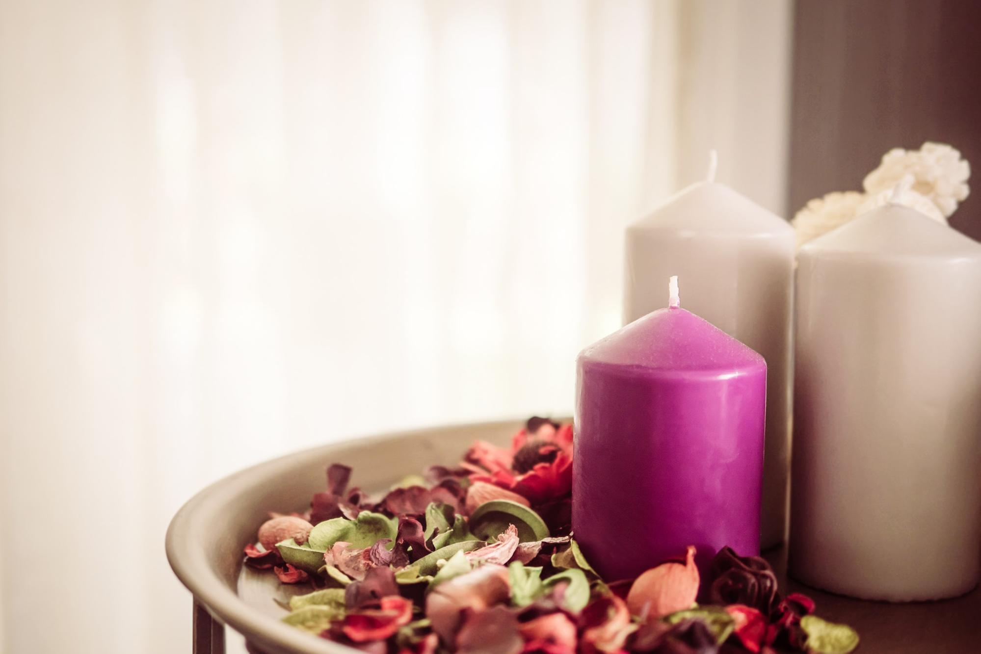 5 Ways Your Home Can Increase Your Happiness including sweet smelling candles