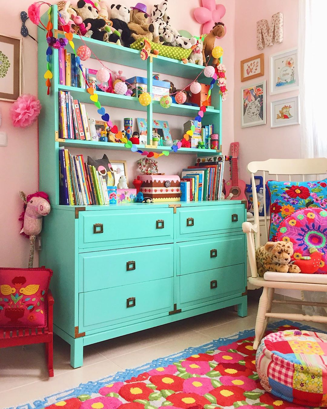 10 Easy Hacks to Organise the Chaos in Kid's Room