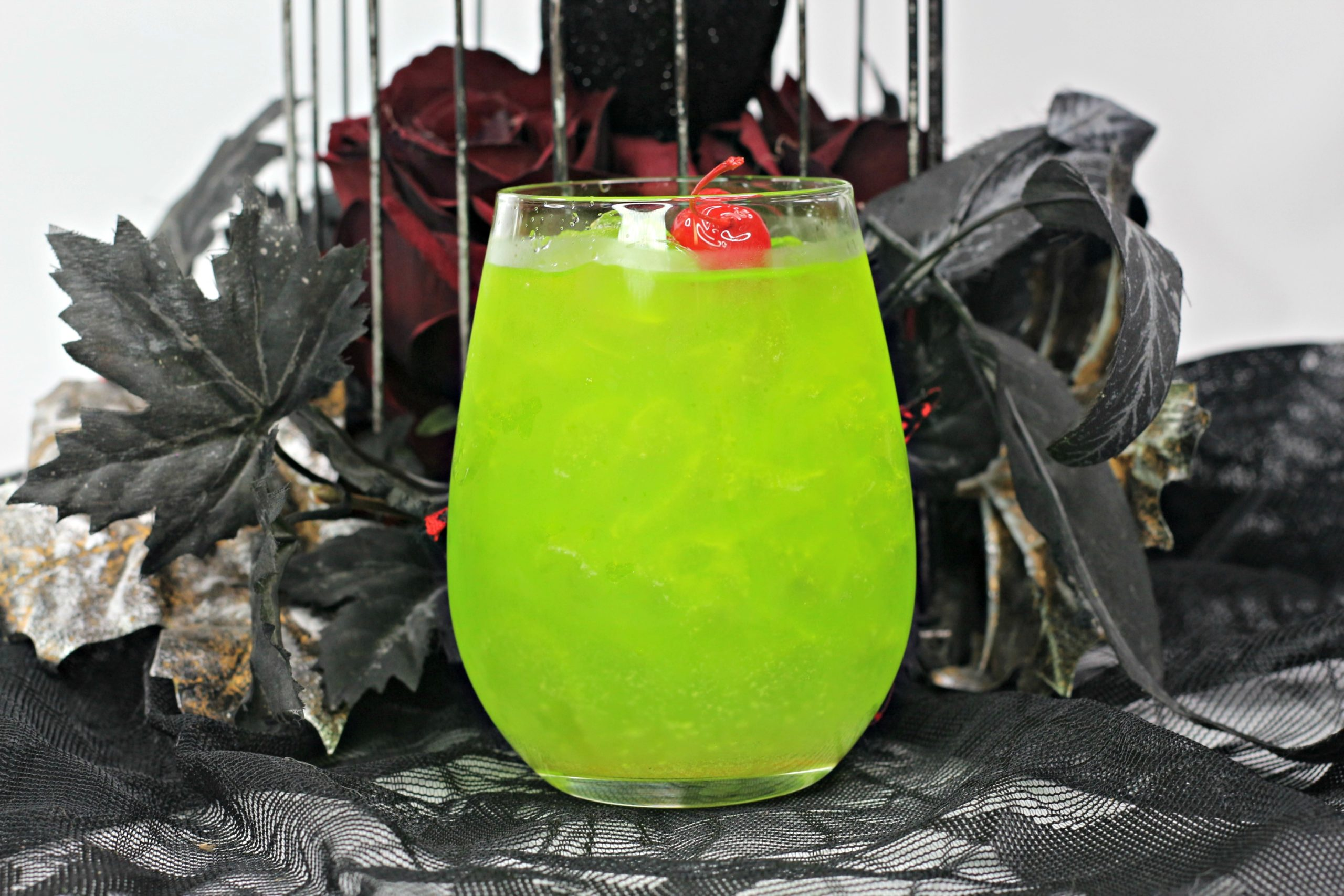 Amuk Amuk Hocus Pocus Cocktail