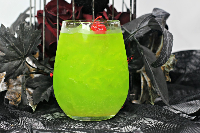 Amuk Amuk Hocus Pocus Cocktail